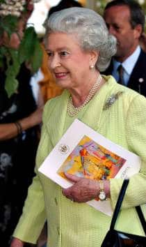 Picture of HRH Queen Elizabeth at Royal Jubilee event by Smartpicsuk® event photographers